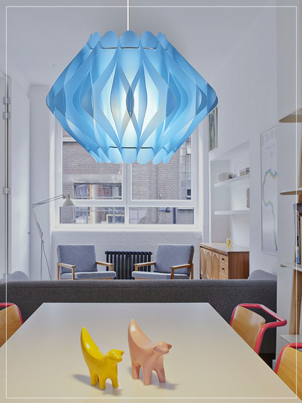 Contemporary Pendant Light Fixture Ravena in a Living Room.