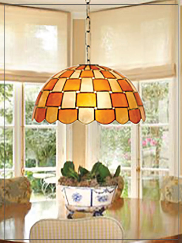 Pendant Tiffany Style lamp shades Wave in a living room